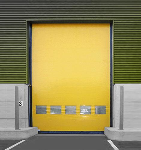 Proquai, le spécialiste des équipements industriels, de l'installation et la réparation de portes rapides industrielles à Paris 75