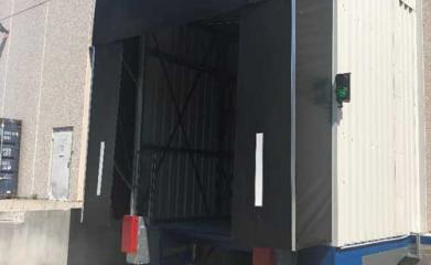 Remplacement d'une plaque de quai par un niveleur